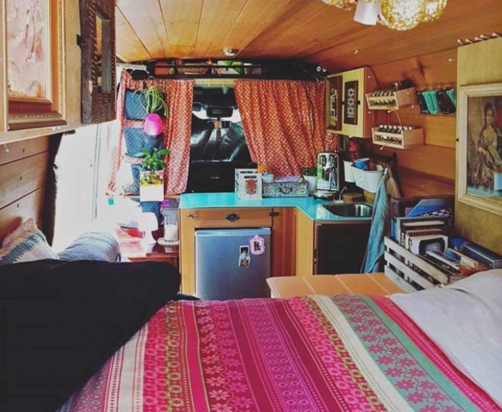 wohnmobil-ausbau-camper-ausbauten-selbstausbau-GlamerVanLucy
