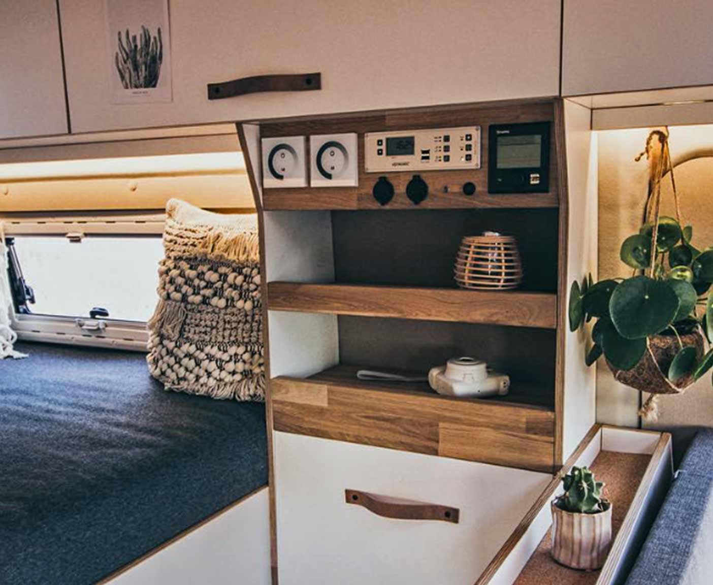 wohnmobil-ausbau-camper-ausbauten-selbstausbau-OurDucatoHome