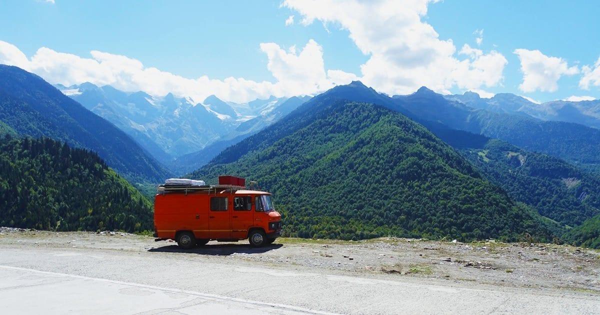 vanlife-passport-diary-was-kam-nach-dem-reisen-wanderlust-georgien