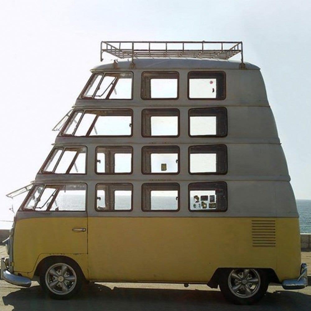verrueckt-campingbusse-wohnmobile-komische-camper-ungewoehnliche-selbstausbauten-diy-camperausbau-wohnwagen-ausbau-vanlife-conversion-20