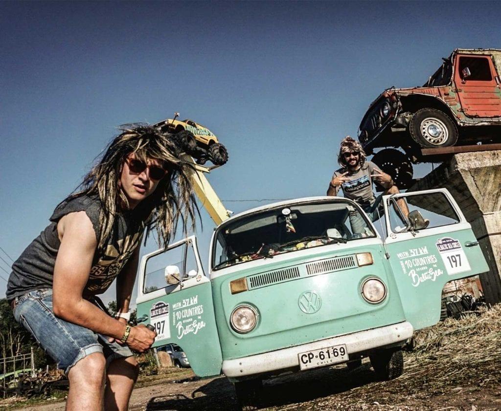 vw-t2-bus-bulli-kaufen-volkswagen-transporter-oldtimer-bully-camper-westfalia-van-i-come-around-doka-gebraucht-samba-11