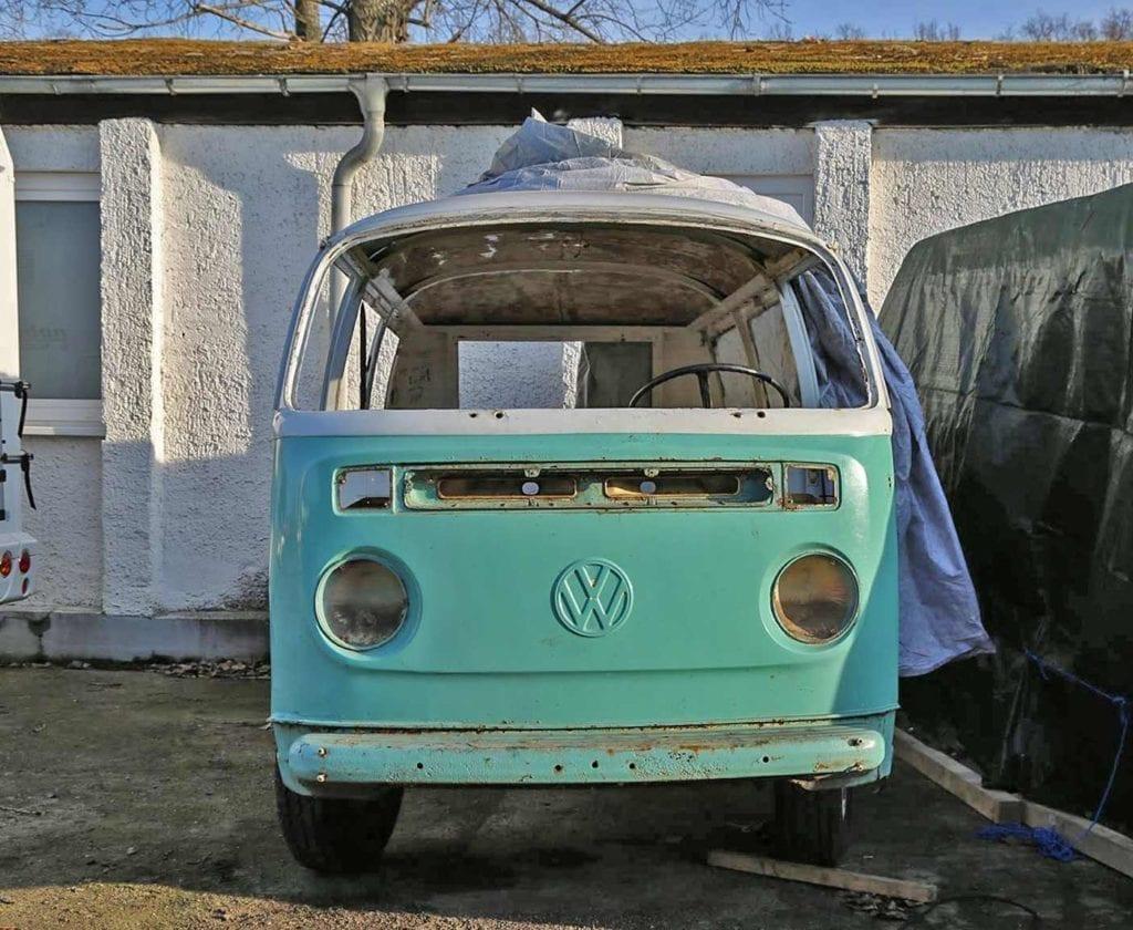 vw-t2-bus-bulli-kaufen-volkswagen-transporter-oldtimer-bully-camper-westfalia-van-i-come-around-doka-gebraucht-samba-alex
