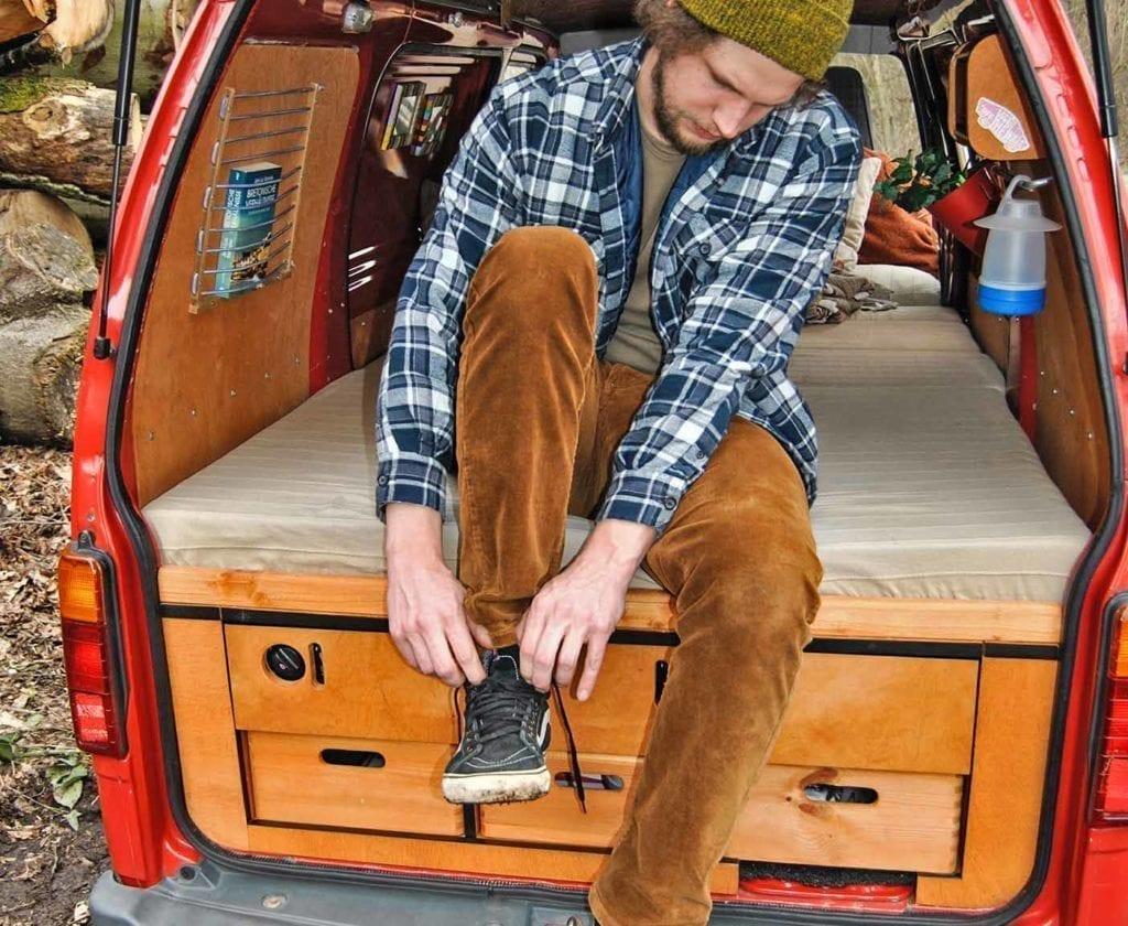 daihatsu-hijet-S85-wohnmobil-vanlife-selbstausbau-wohnmobil-ausbau-diy-camper-7
