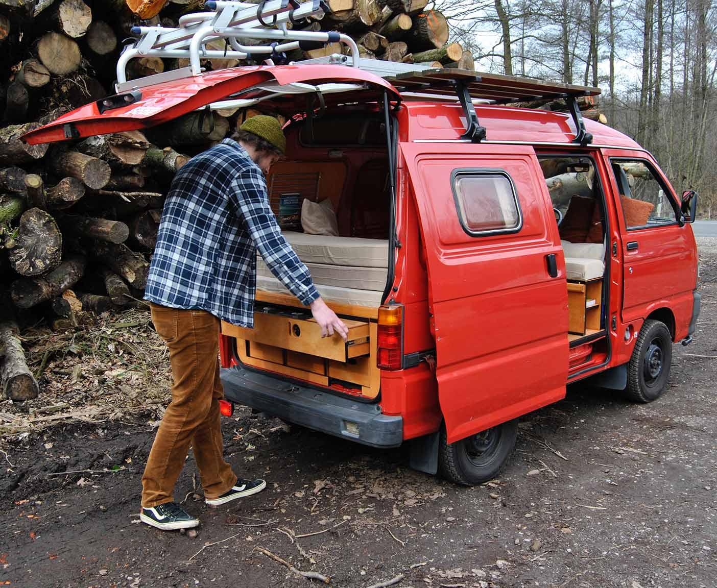 daihatsu hijet s85 der kleinste camper ausbau woodkali. Black Bedroom Furniture Sets. Home Design Ideas