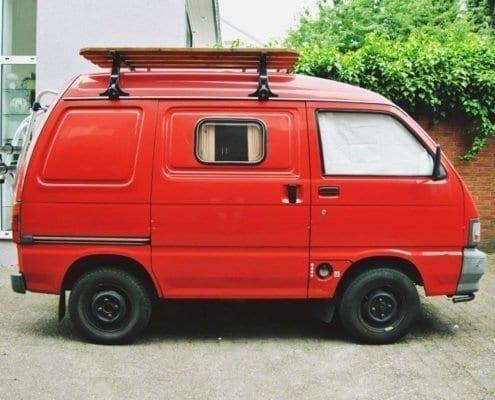 daihatsu-hijet-S85-wohnmobil-vanlife-selbstausbau-wohnmobil-ausbau-diy-camper--woodkali-cover