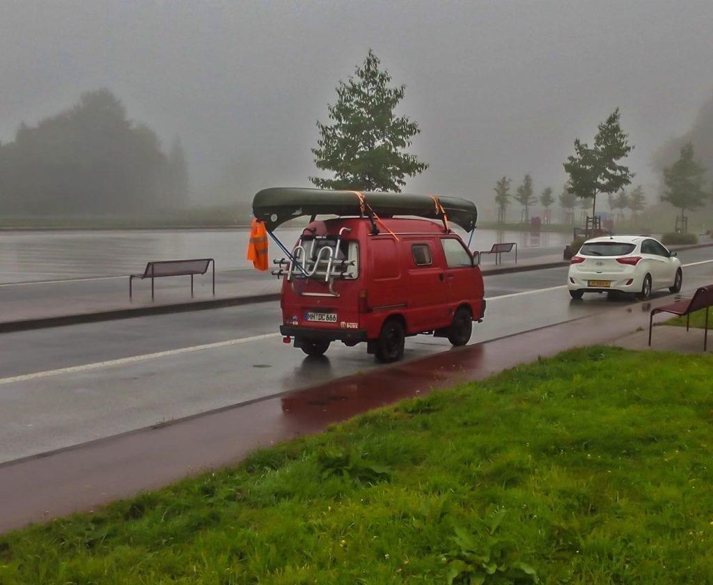 daihatsu-hijet-S85-wohnmobil-vanlife-selbstausbau-wohnmobil-ausbau-diy-camper-boot