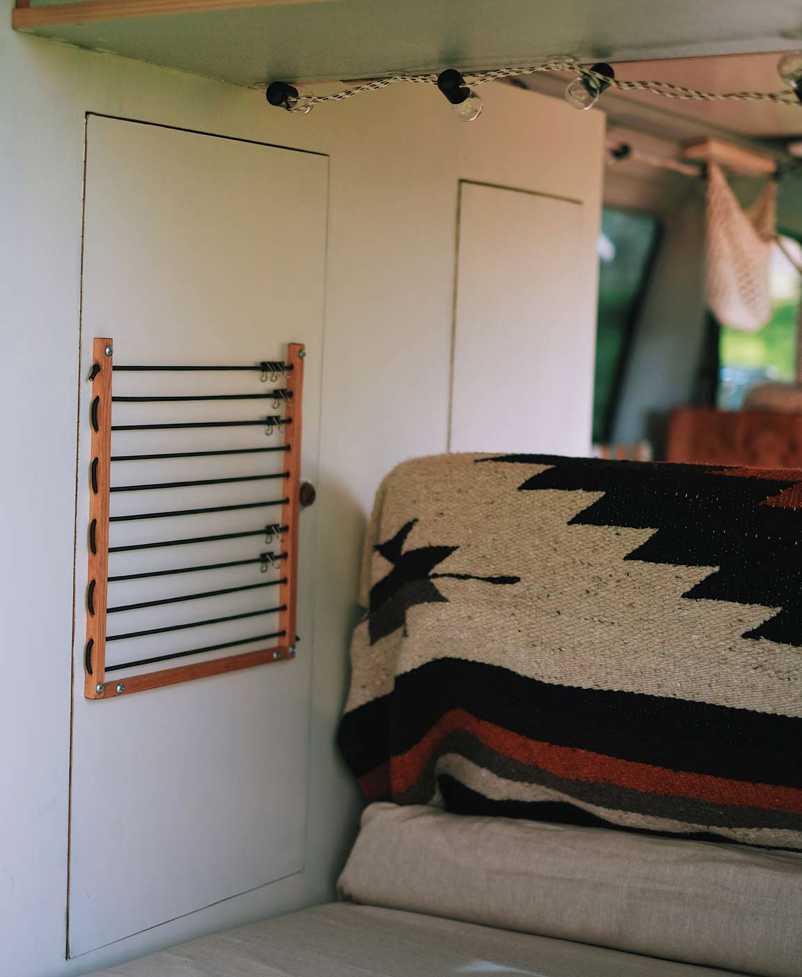 vw t4 camper ausbau der erfahrungsbericht von pinepins. Black Bedroom Furniture Sets. Home Design Ideas