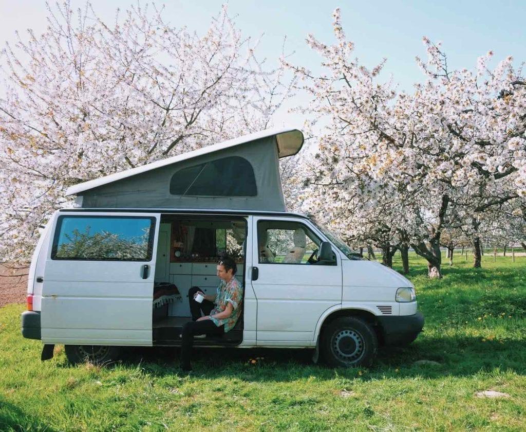 vw-t4-volkswagen-camper-transporter-wohnmobil-ausbau-campervan-caravelle-multivan-doka-3