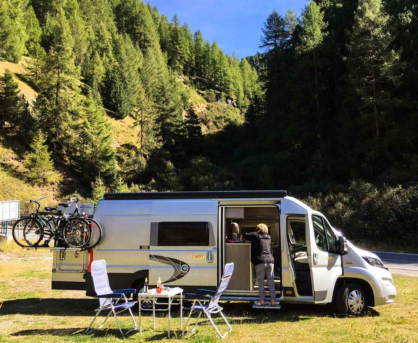 vanlife-opa-author-passport-diary-2