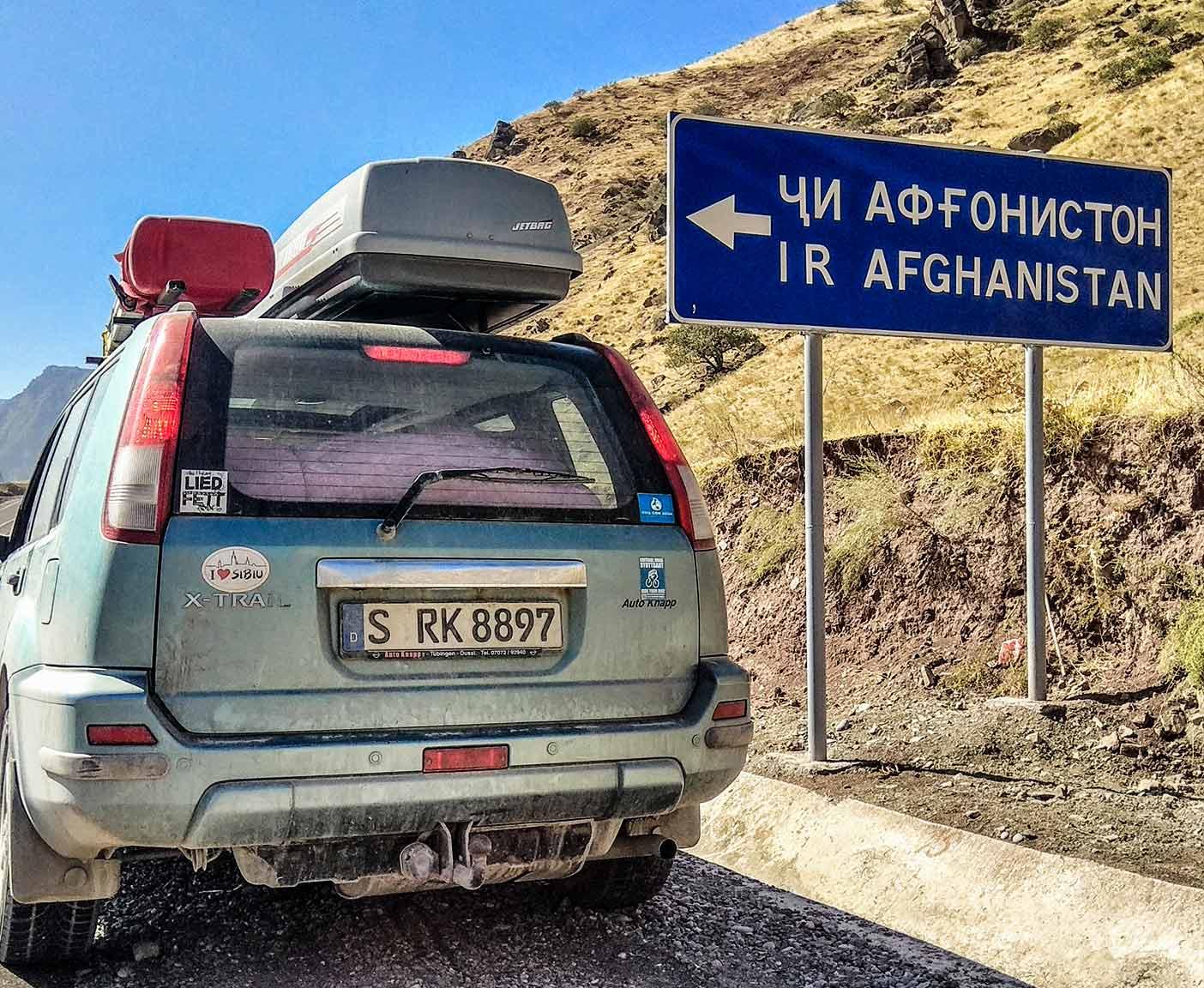 guenstige-expeditionsfahrzeuge-mobilw-offroad-gelaendegaenig-wohnmobil-nissan-xtrail-4x4-allrad-gebraucht-15