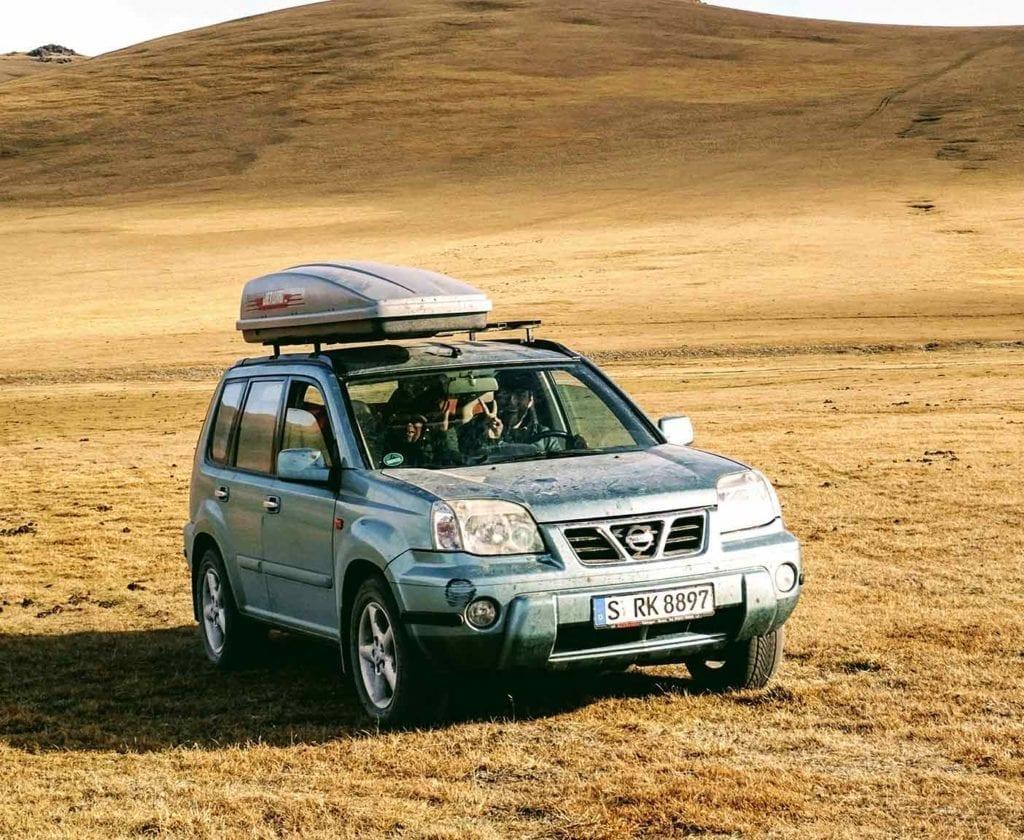 guenstige-expeditionsfahrzeuge-mobilw-offroad-gelaendegaenig-wohnmobil-nissan-xtrail-4x4-allrad-gebraucht-6