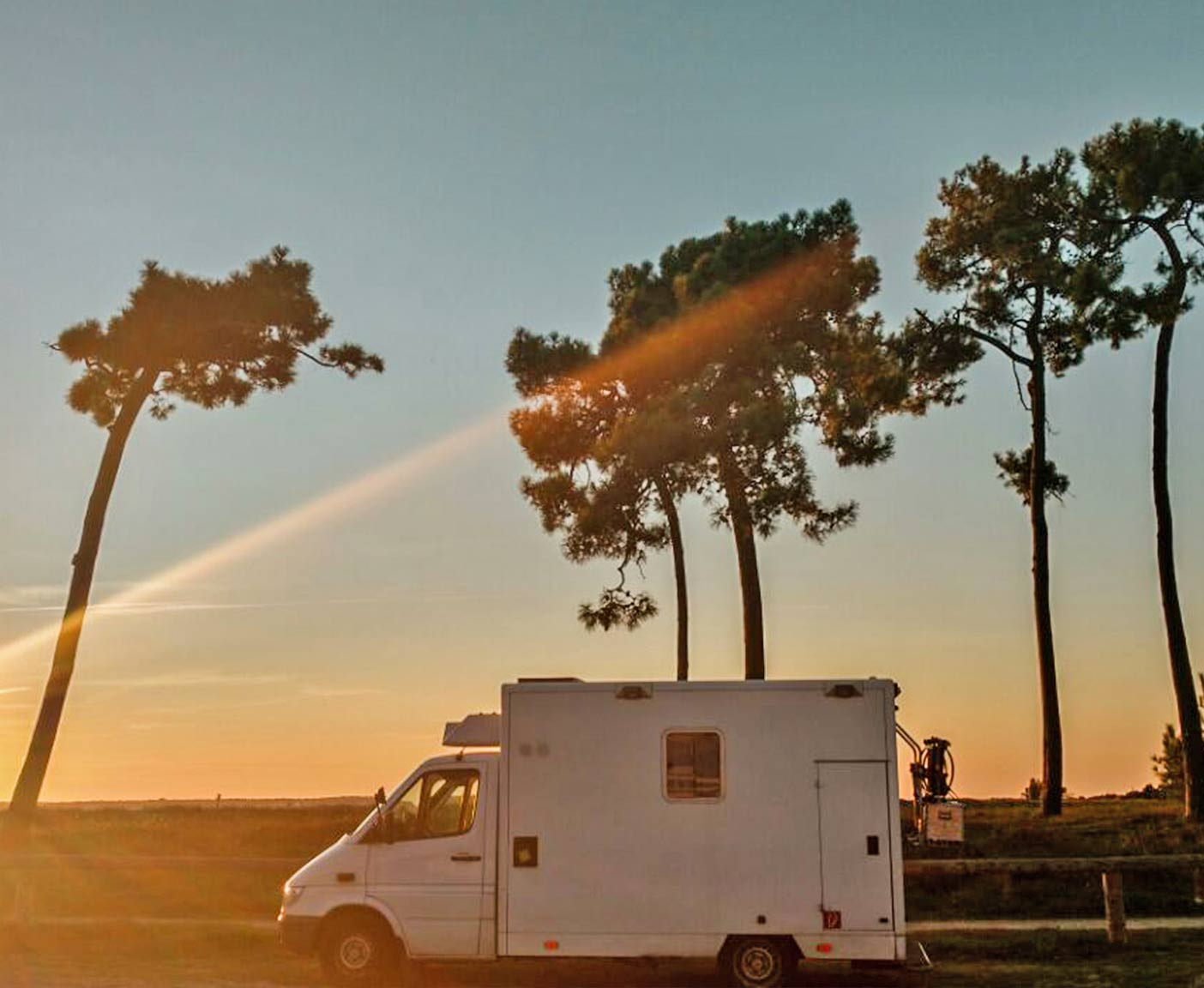 Sprinter Mercedes Selbstausbau Wohnmobil Van Camper Campingbus 3