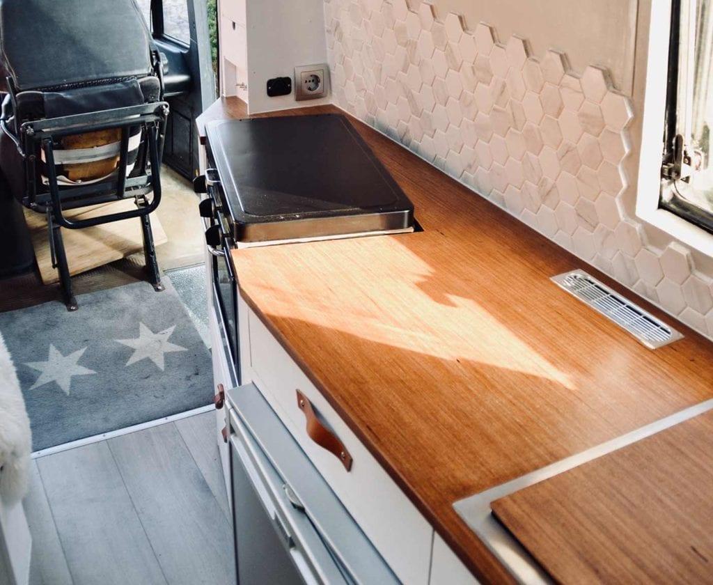mercedes-407d-wohnmobil-gebraucht-vario-kaufen-basis-benz-13
