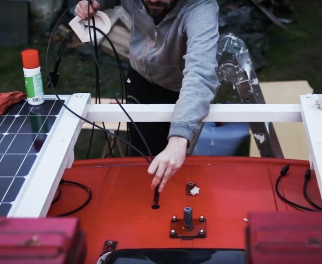 solaranlage-wohnmobil-nachrüsten-schaltplan-berechnen-inklusive-einbau-lomplettset-gebraucht-100w-selber-planen-mobile-einbau-solarpanels-3