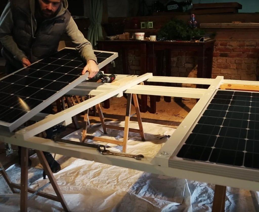 solaranlage-wohnmobil-nachrüsten-schaltplan-berechnen-inklusive-einbau-lomplettset-gebraucht-100w-selber-planen-mobile-einbau-solarpanels4
