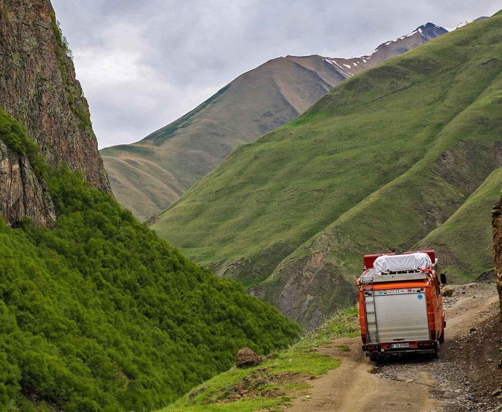 georgien-wohnmobil-erfahrungsbericht-camping-urlaub-preisniveau-tiflis-vanlife-south-osessia