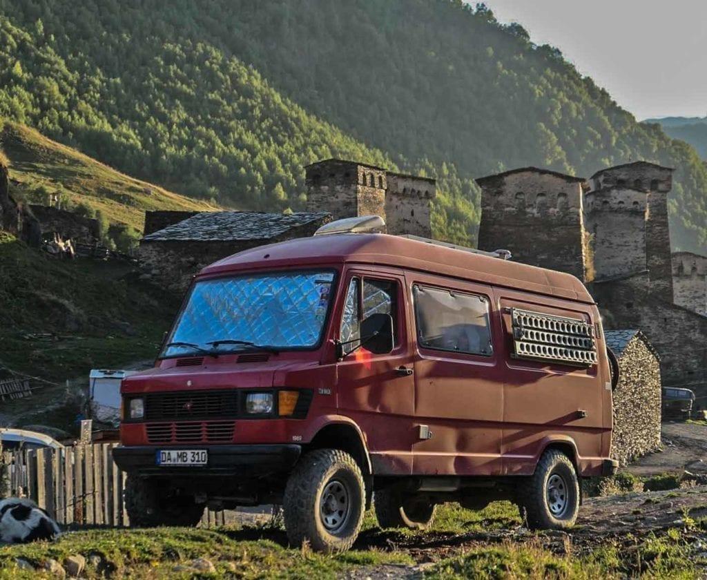 mercedes-310-allrad-4x4-kaufen-zu-verkaufen-larag-feuerwehr-wohnmobil-erfahrung-t1-3