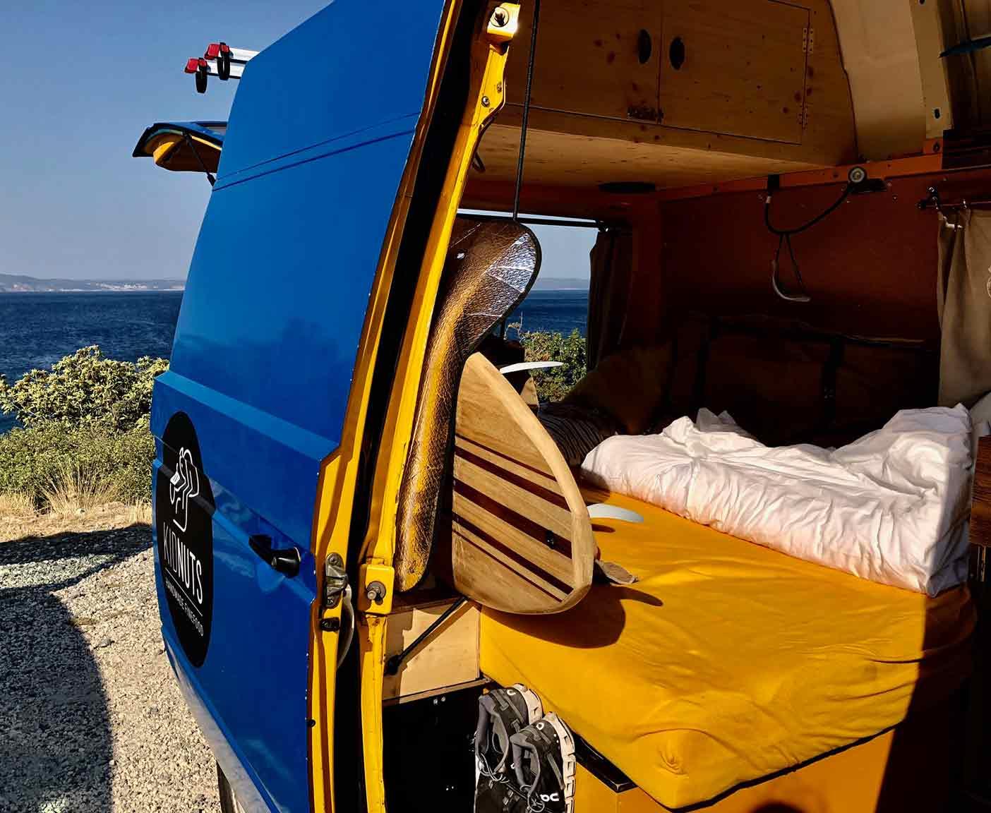 bulli t3 mit hochdach kein camper sondern ein lebensgef hl. Black Bedroom Furniture Sets. Home Design Ideas
