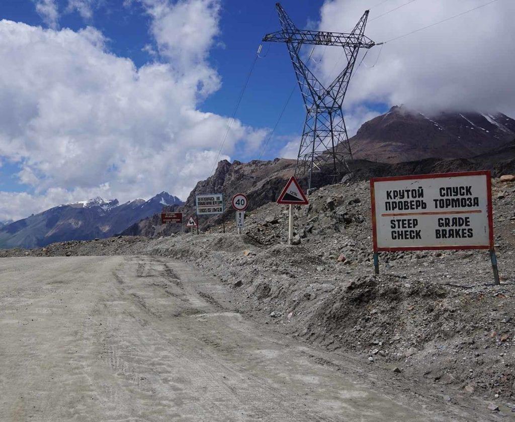 kirgistan-camper-wohnmobil-reise-gefahren-visum-verkehr
