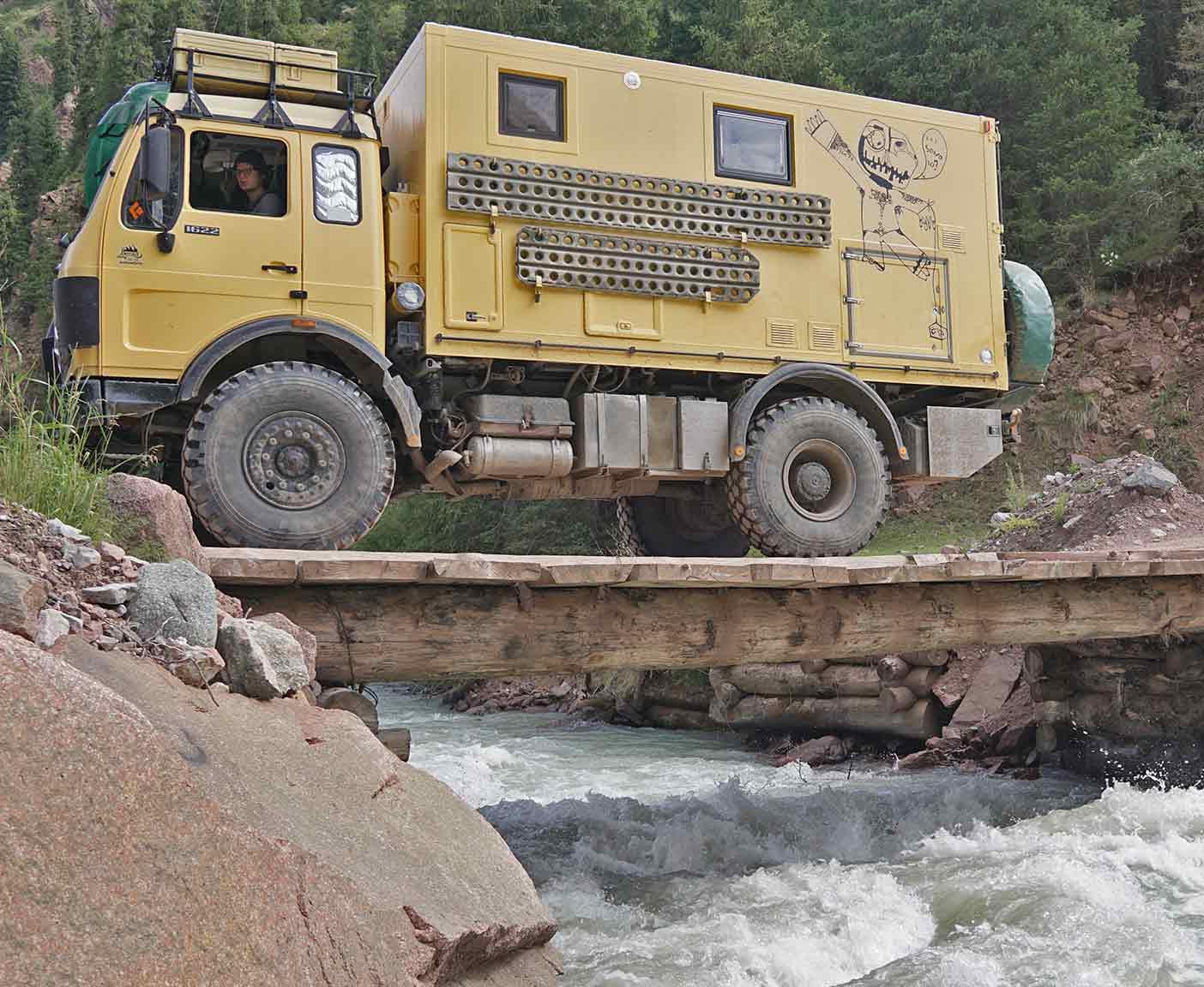 kirgistan-mit-dem-wohnmobil-fernreisemobil-mercedes-1622-1017