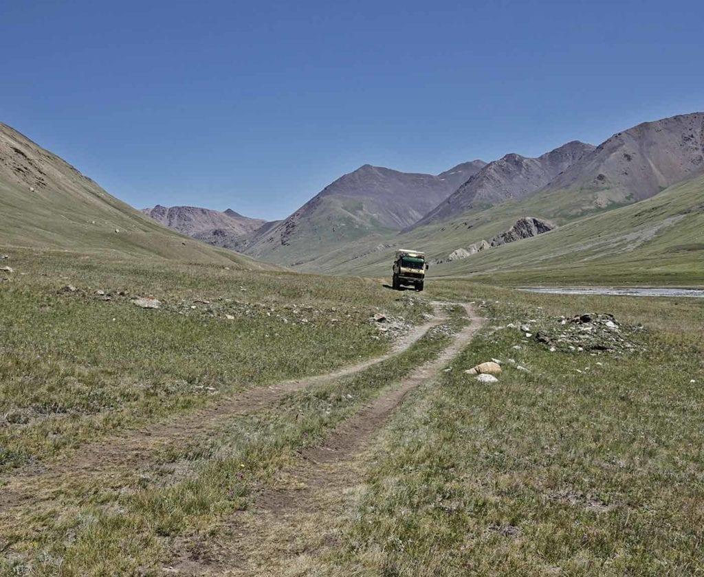 kirgistan-wohnmobil-erfahrungsbericht-reise-lkw-offorad-4x4