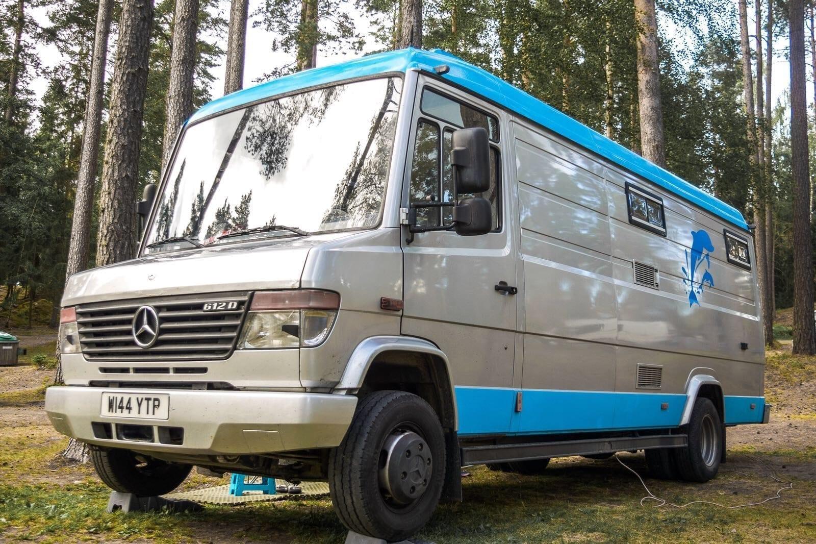 mercedes-612d-camper-van-variomercedes-612d-camper-van-vario-wood-camping-vanlife
