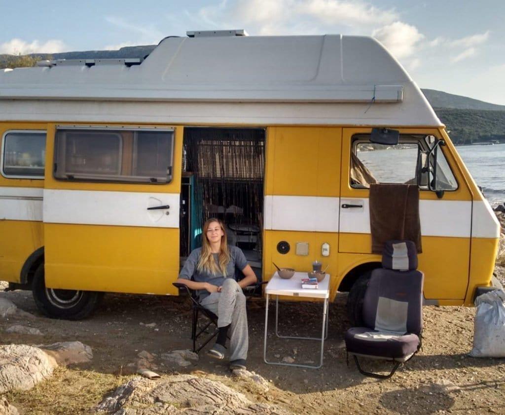 VW-LT-31-Karmann-camper-motor-vanlife-alleine reisen-frauen unterwegs