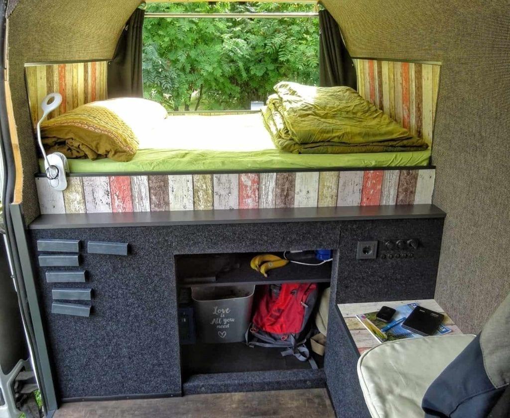 campervan-Opel-movano-bus-combi-kastenwagen-sitzecke-selbstausbau