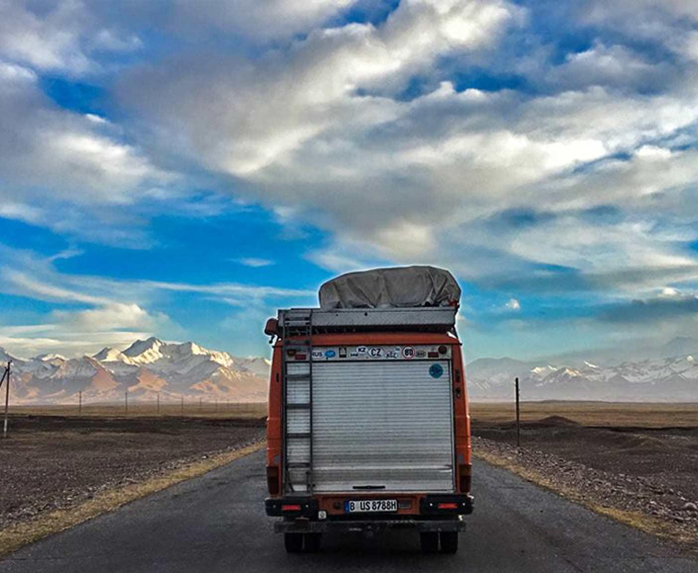 pamir-highway-m41-motorrad-auto-wohnmobil-camper-laenge-kyrgyzstan-guide-2017-2018-2019-china-afghanistan-korogh-6