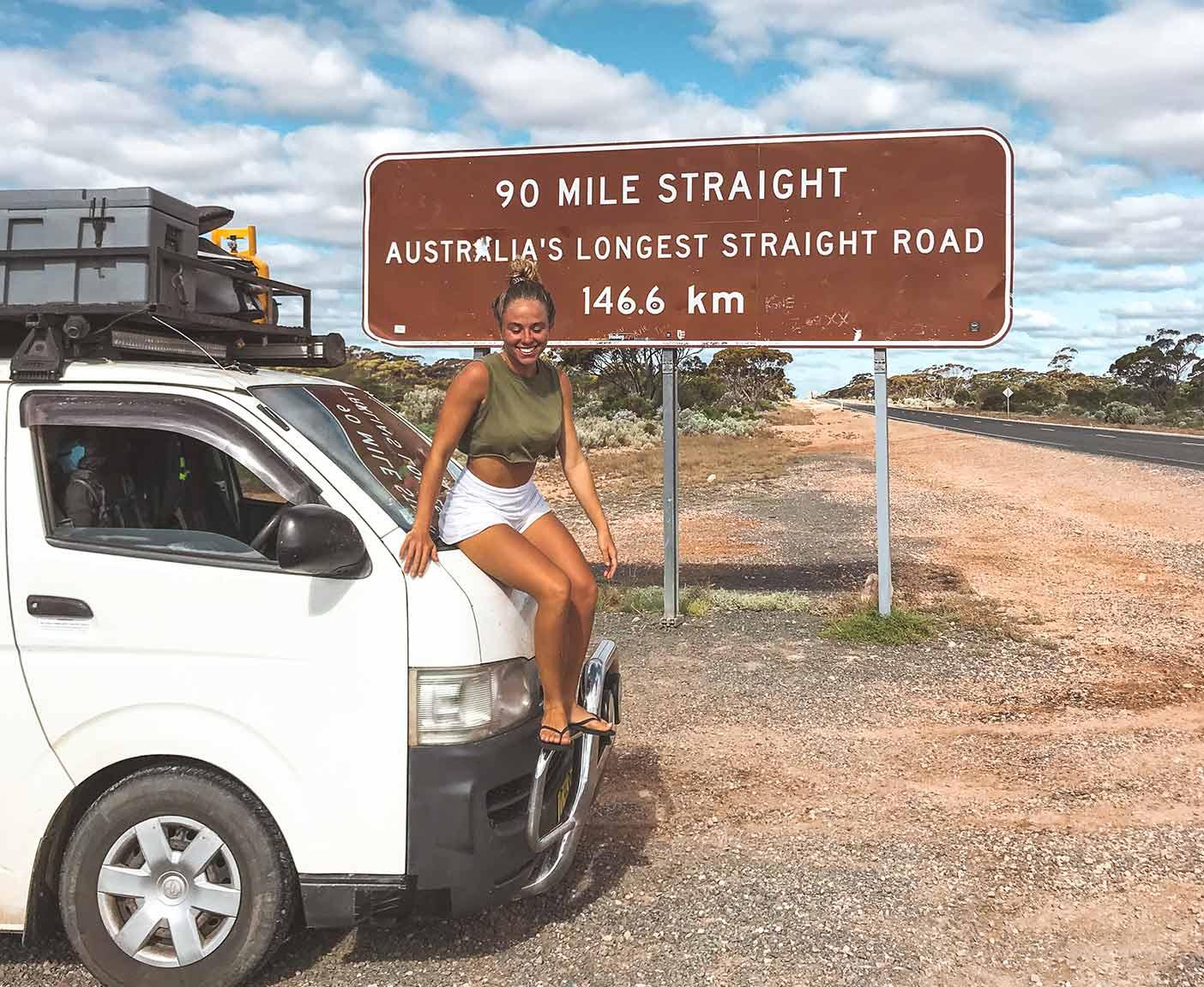 Toyota-hiace-camper-4x4-van-camping-australia-vanlife-van-for-rent