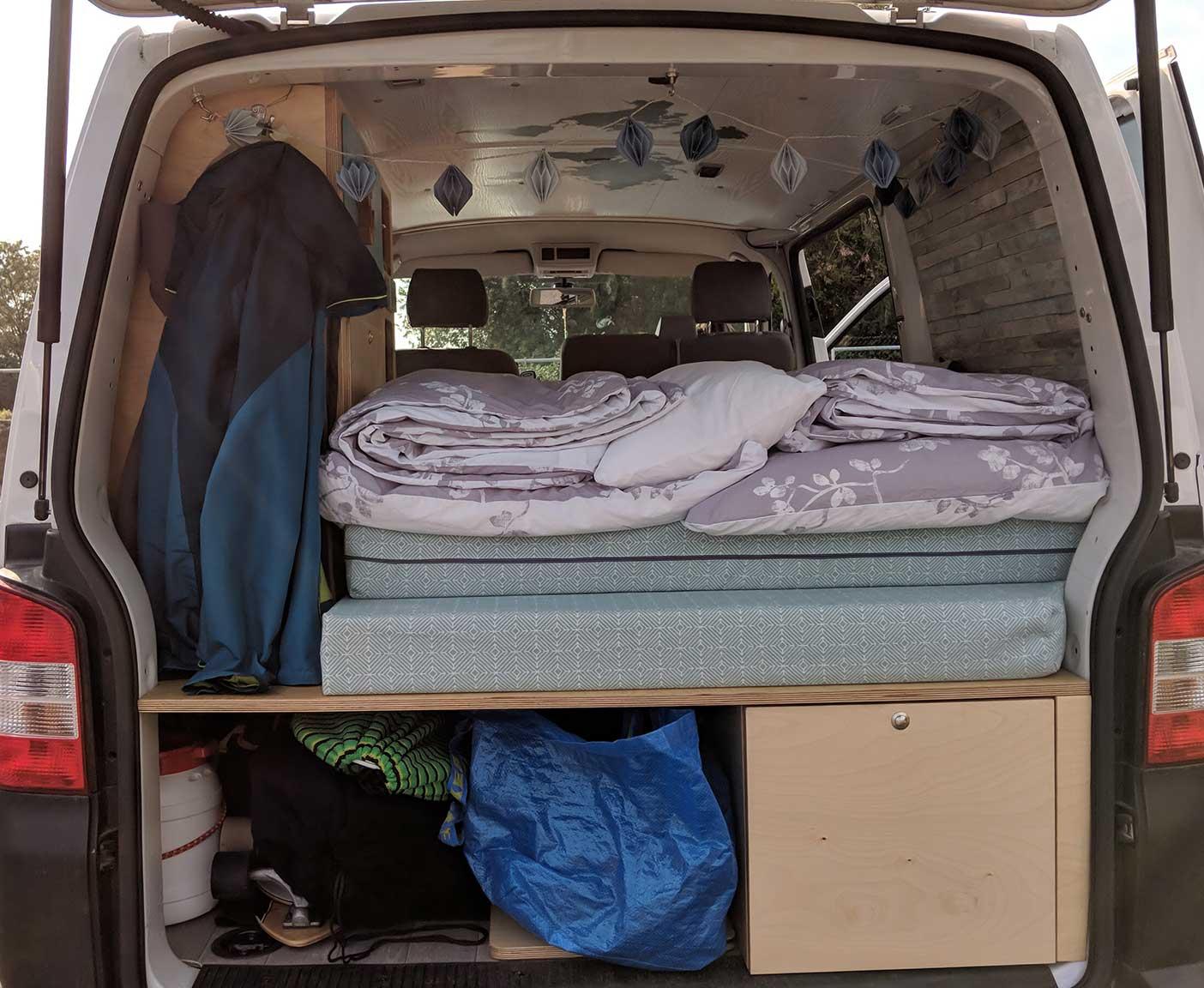 VW-T5-multivan-camper-caravelle-europatrip-van-kleinanzeigen