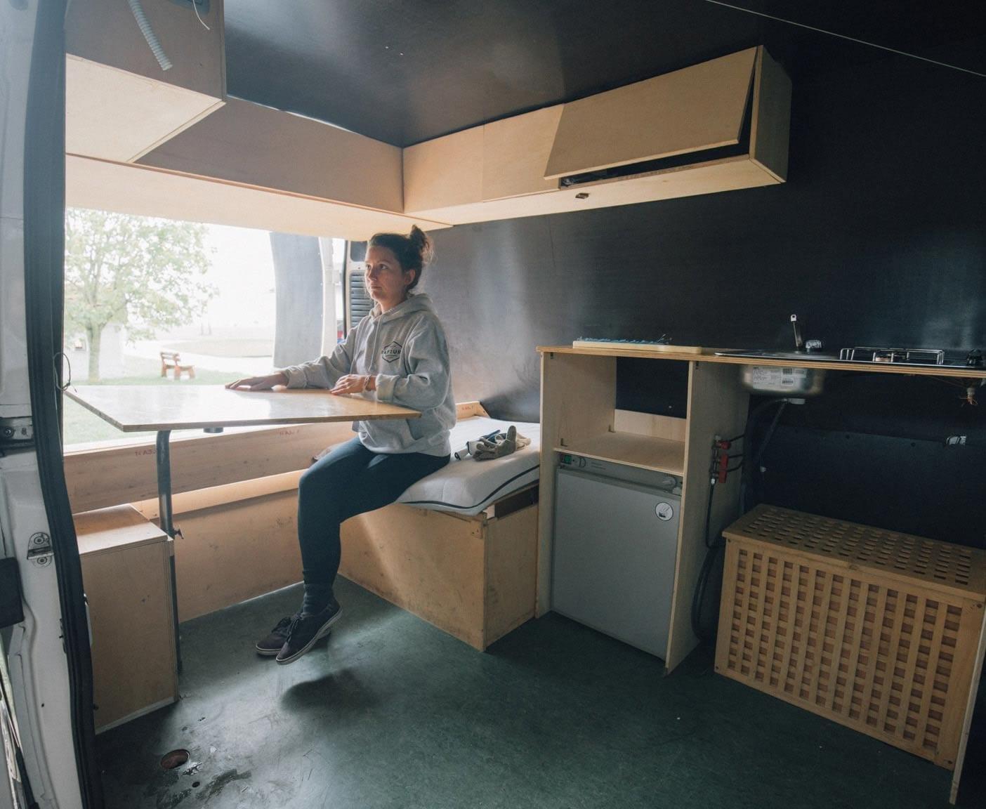 Citroen-Jumper-van-kombi-camper-innenausbau-selbstgemacht-kueche