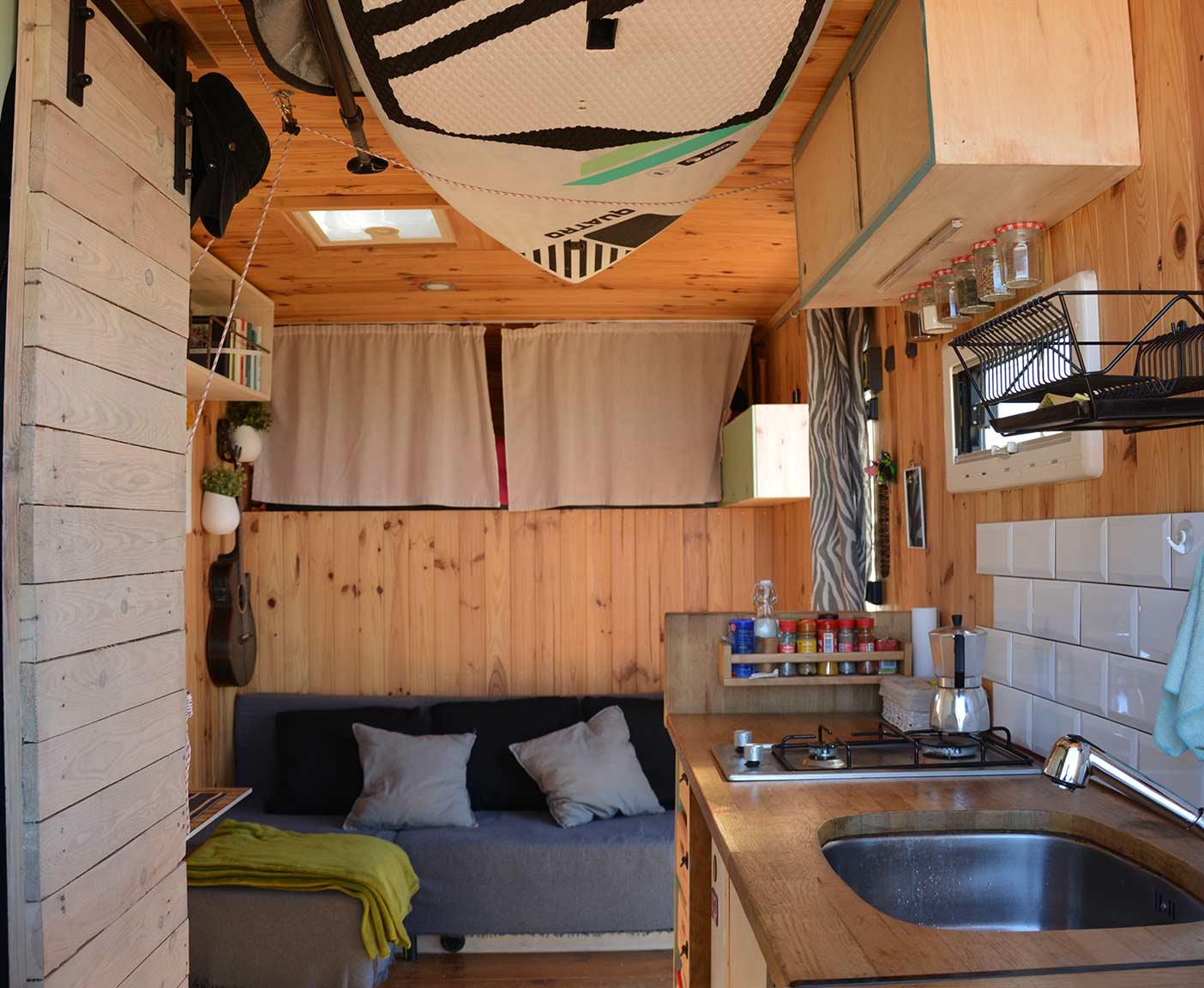 Mercedes-vario-kastenwagen-616-d-wohnmobil-camper-interior
