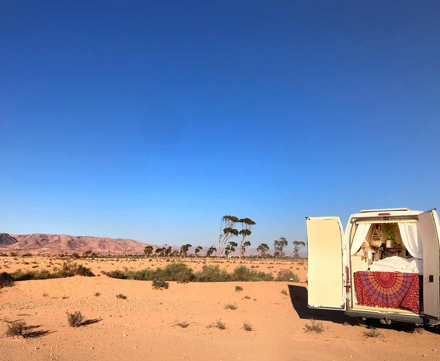 Fiat-ducato-wohnmobil-kastenwagen-camper-maxi-wueste