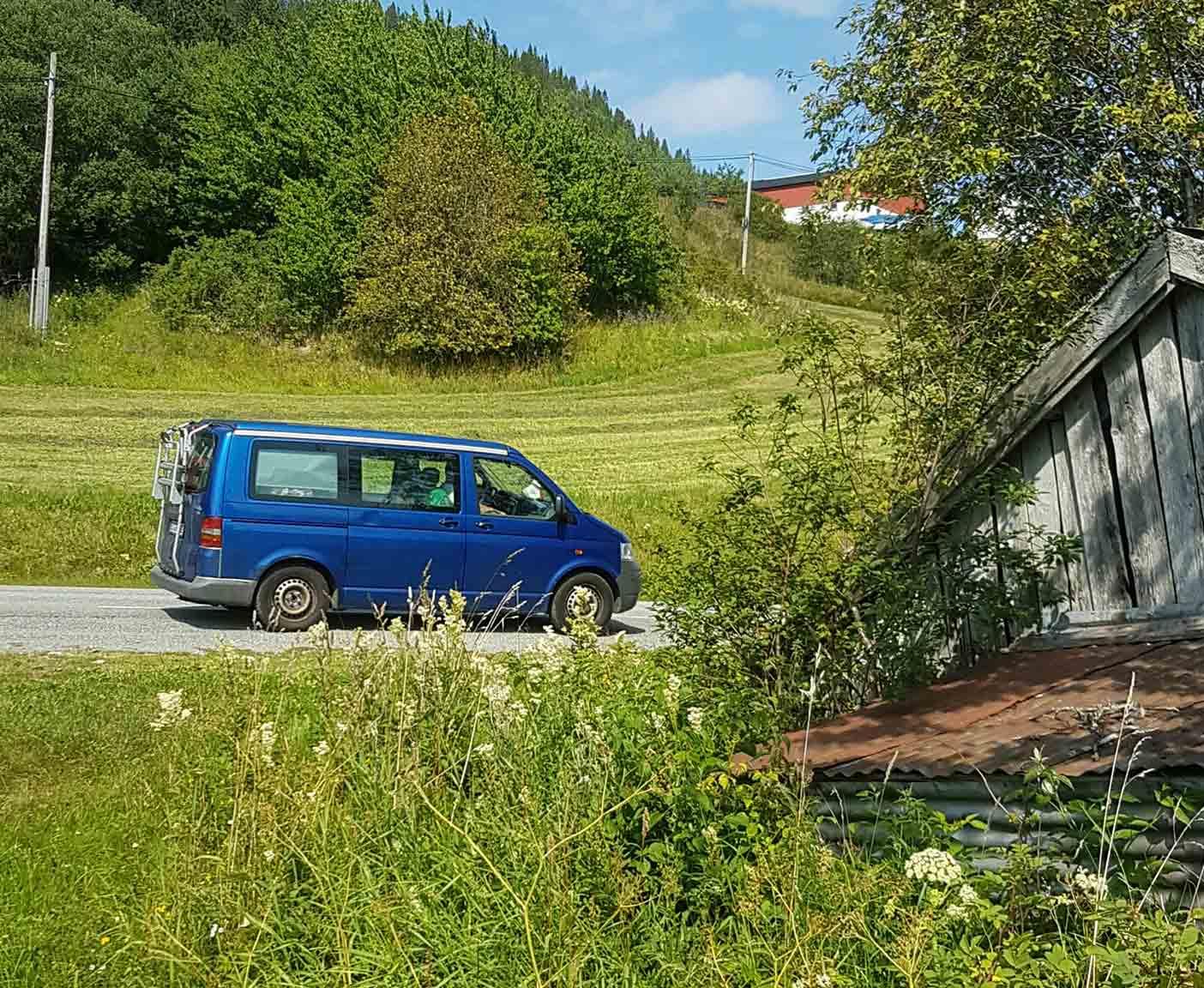 VW-T5-transporter-multivan-california-tuning-camper-bus