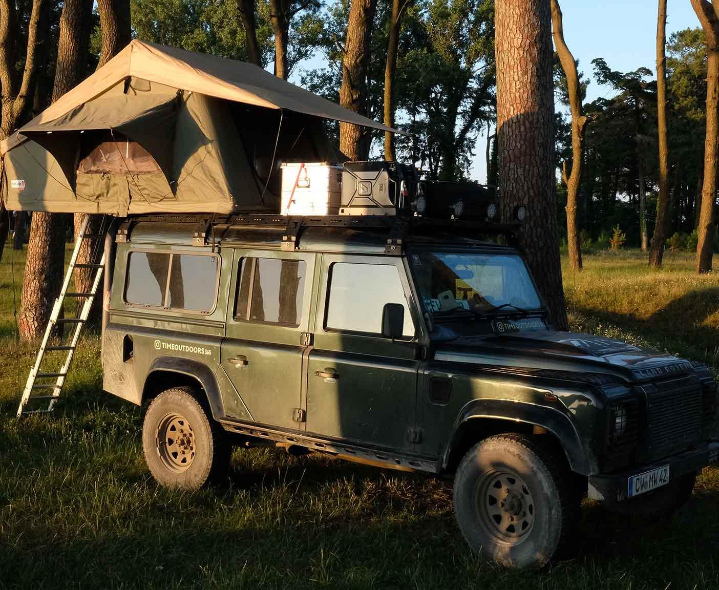 Land-Rover-Defender-110-td5-dachzelt-hard-top-zentralasien-masse