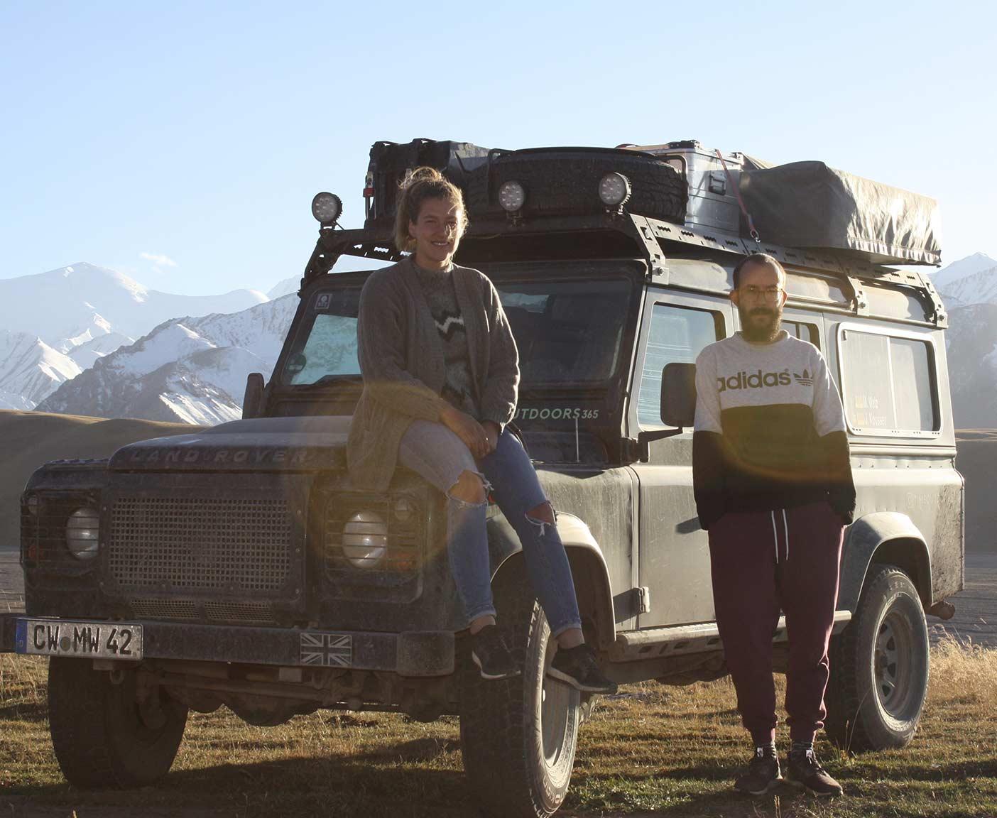 Land-Rover-Defender-110-td5-dachzelt-hard-top-zentralasien-td4