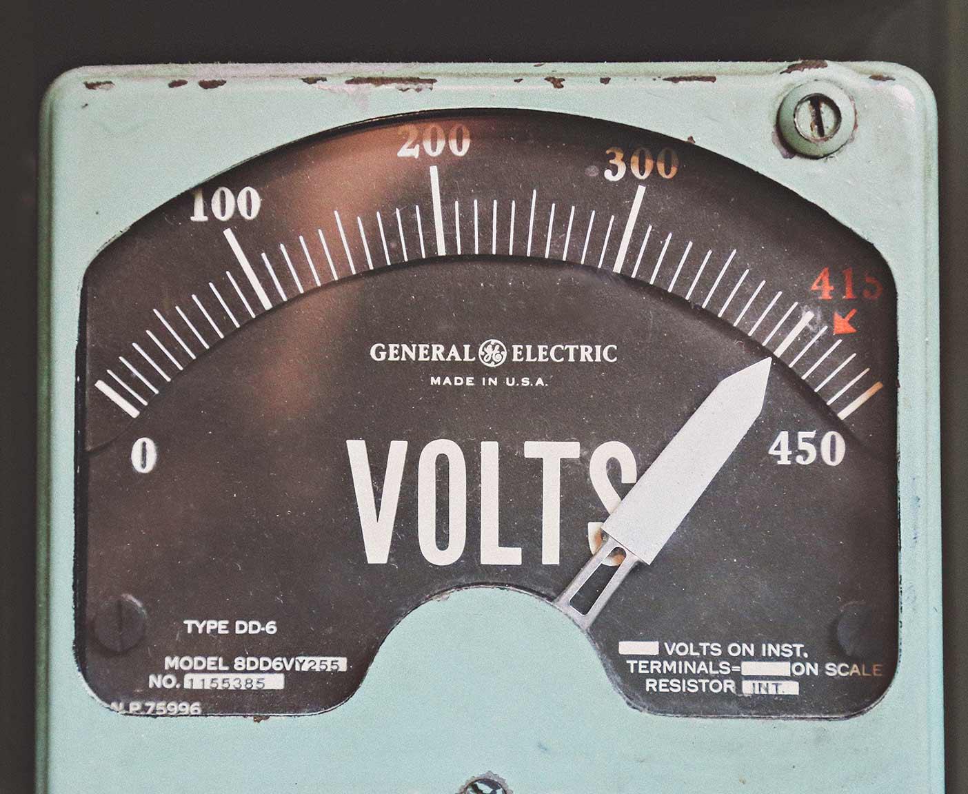 battery-wohnmobil-anschliessen-batterie-versorgerbatterie-schaltplan-zusatzbatterie-volt