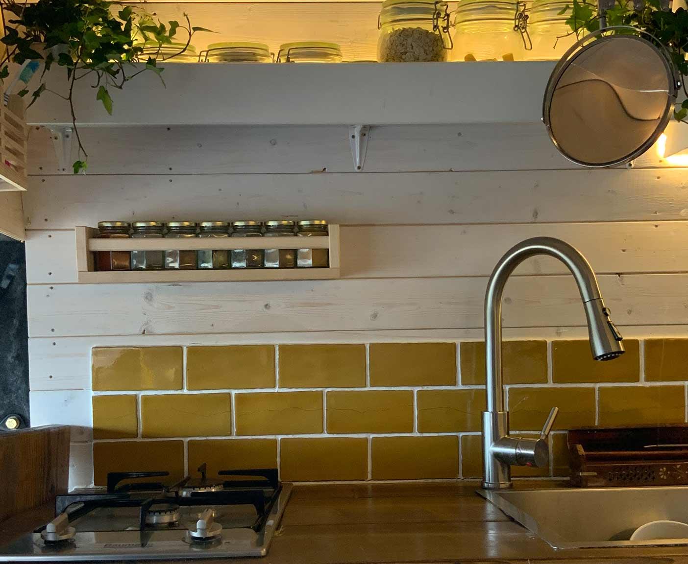 ldv-convoy-kaufen-wohnmobil-maxus-camper-ersatzteile-kitchen