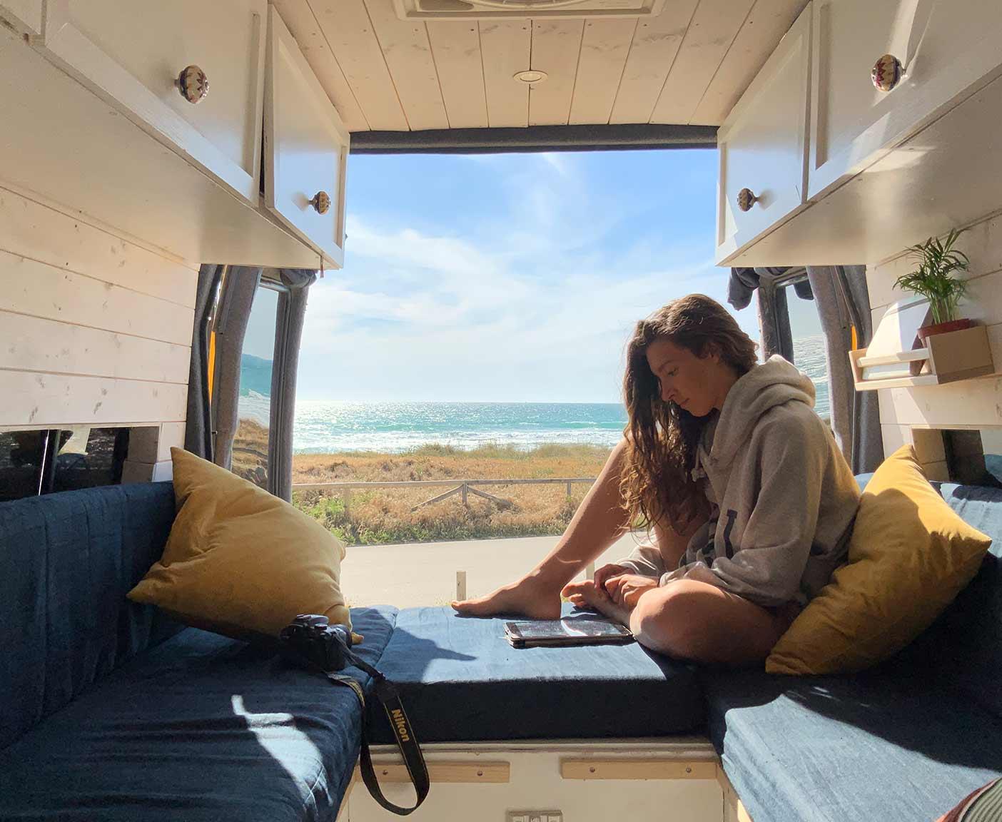 ldv-convoy-kaufen-wohnmobil-maxus-camper-ersatzteile-vanlife-beach