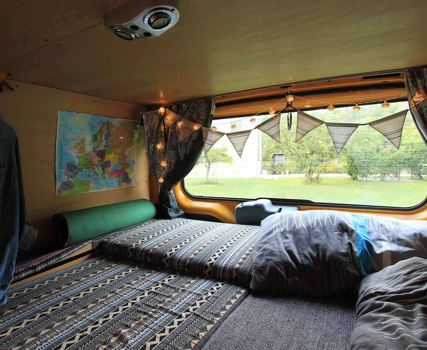 Ford-transit-kastenwagen-van-camper-vanlife-kombi-wiki