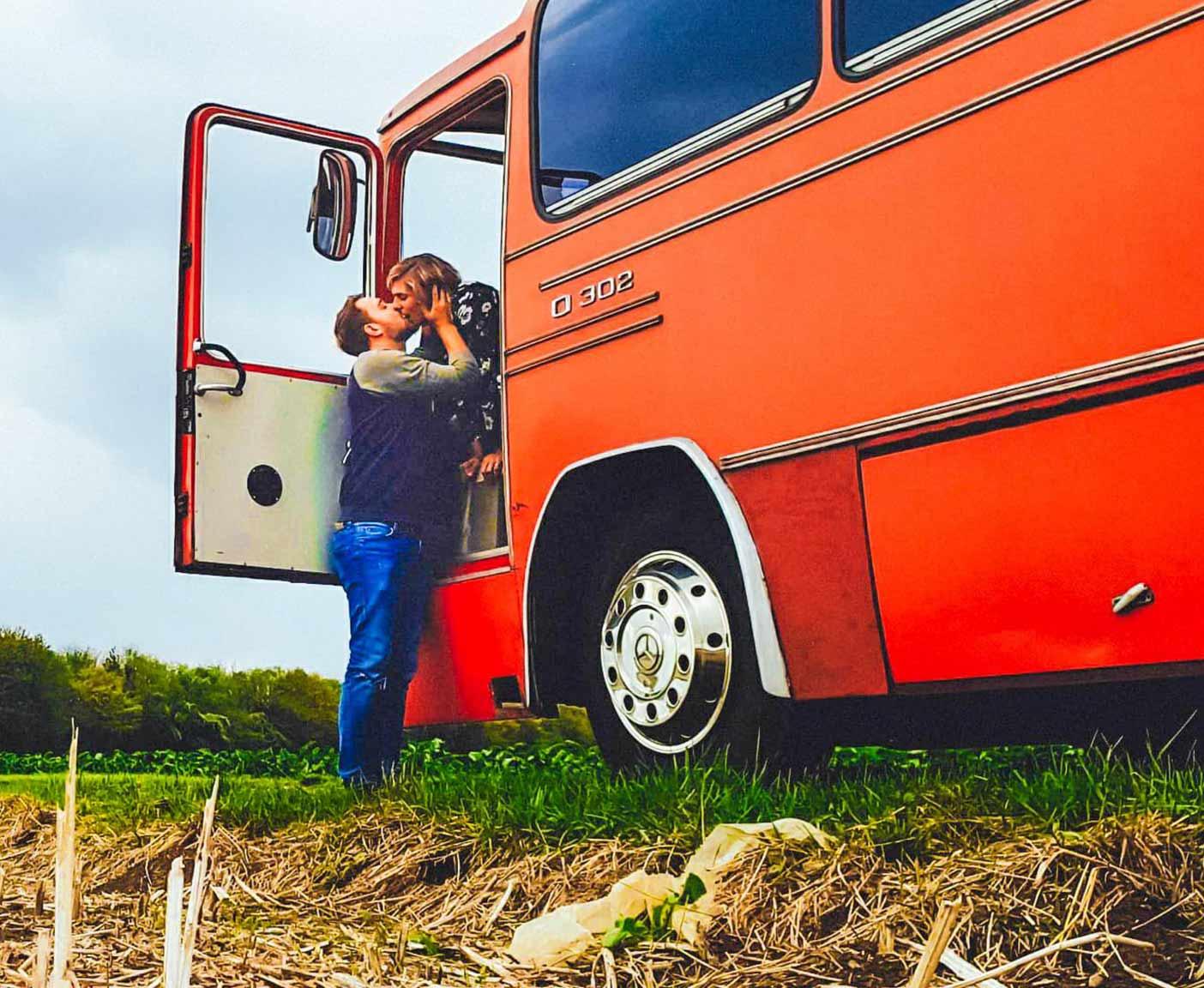 Mercedes-Benz-O302-kaufen-wiki-weltreise-bus-wohnmobil-80er