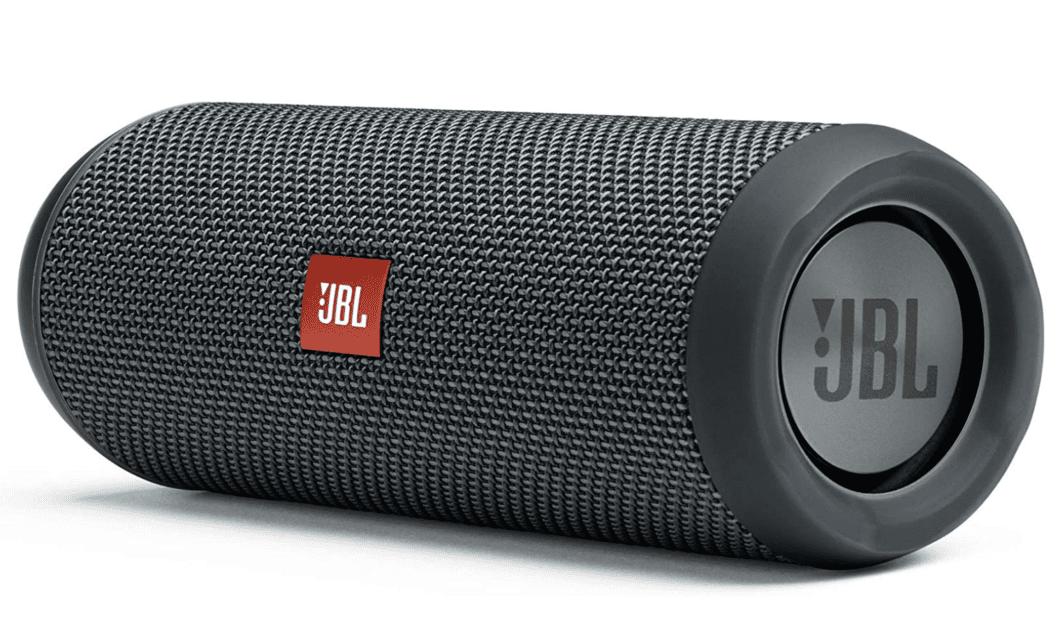 tragebarer-lautsprecher-wohmobil-bluetooth-wohnwagen-musik-sound-JBL-Flip-Essential-Bluetooth-Box