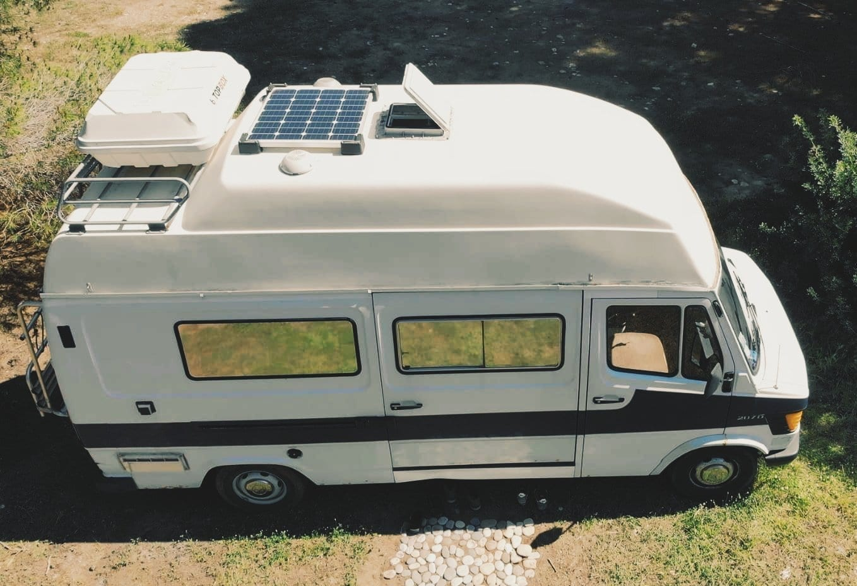 vanlife-roadtrip-europe-mercedes-207-d-james-cook-westfalia-camping-car-oldschool-vanlife-roadtrip-europe