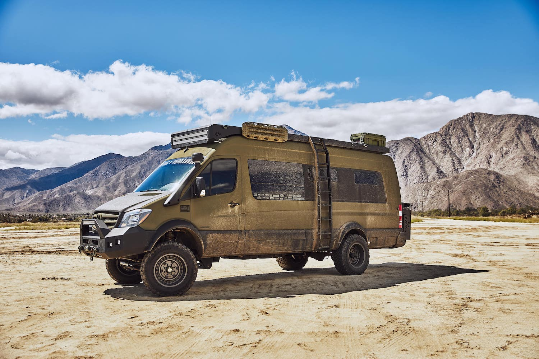 Mercedes-Benz-Sprinter-4x4-Overland-vanlife-campervan-van-converion-1