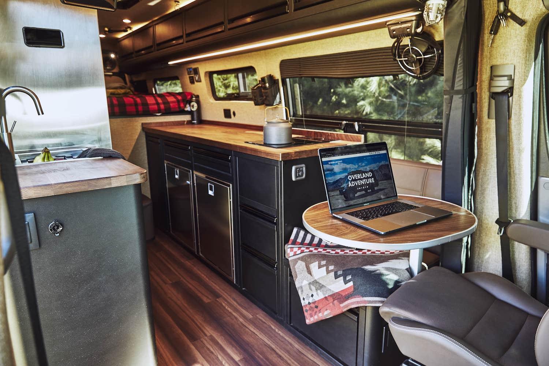 Mercedes-Benz-Sprinter-4x4-Overland-vanlife-campervan-van-converion-interior