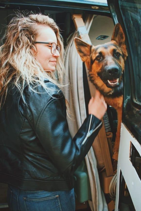 vanlife-girl-vanlifer-dog-conversion-van-german-shepard