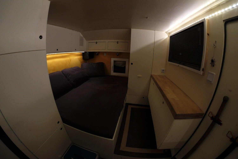 Iveco B80C80 wohnmobil expeditionsmobil reisen abenteuer interior-min