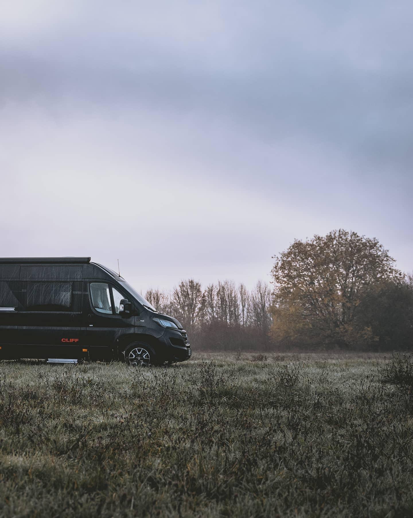 Sunlight-Cliff-640-XV-vanconversion-wohnmobil-ausbau-kaufen-reisen-6