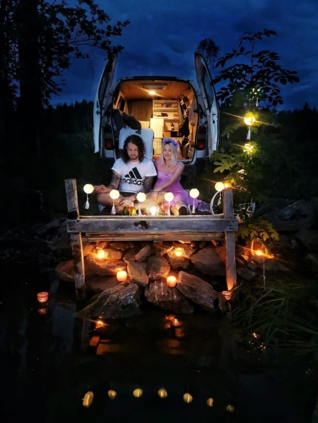 Toyota-Hiace-4x4-kaufen-ausbau-vanlife-vanconversion-camper-minicamper